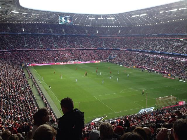 Niemiecka Bundesliga, dzięki rosnącym przychodom komercyjnym nie jest na straconej pozycji i może wkrótce odzyskać pozycję wicelidera.