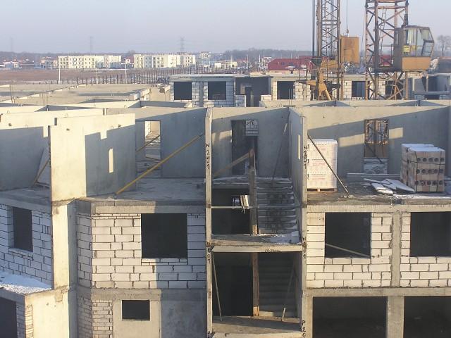 Budowa nowych mieszkańZgodnie z założeniami programu Mieszkanie dla Młodych będzie możną dostać dofinansowanie tylko do lokalu nowo wybudowanego.