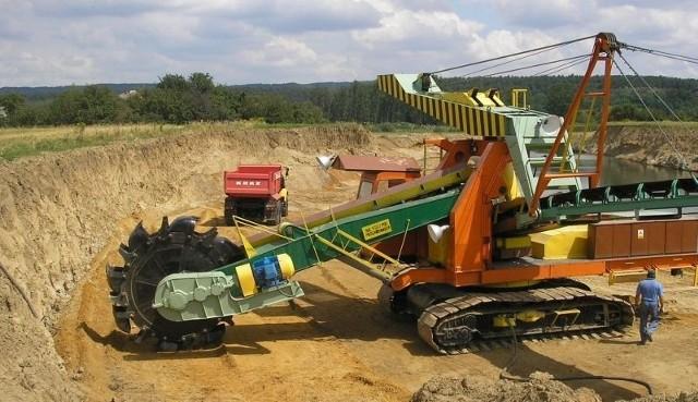 Kruszgeo  przeznacza cały zysk na inwestycjeKolejny dzień pracy w Kruszgeo.