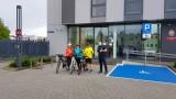 W Komendzie Powiatowej Policji w Tucholi oznakowano rowery