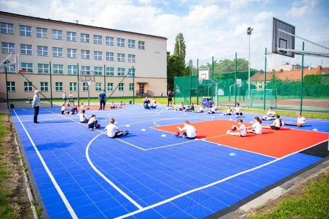 Nowe boisko przy Szkole Podstawowej nr 2 w Opolu