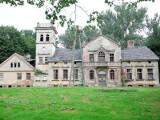 Zaopiekujcie się pałacami na wsiach powiatu świeckiego!