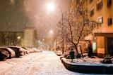 """Nadchodzi """"Efekt morza""""! Zamiecie, intensywne opady śniegu w najbliższych dniach. Spodziewać się można trudnych warunków na drogach"""