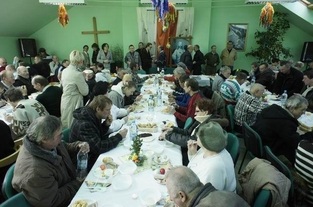 Samotni, ubodzy, a także wszyscy chętni będą mogli przybyć w niedzielny poranek do siedziby fundacji Barka, gdzie wzorem lat ubiegłych zorganizowane zostanie Śniadanie Wielkanocne