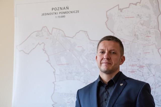 - W tych wyborach zgłosiło się o 70 kandydatów więcej niż cztery lata temu - mówi Arkadiusz Bujak.