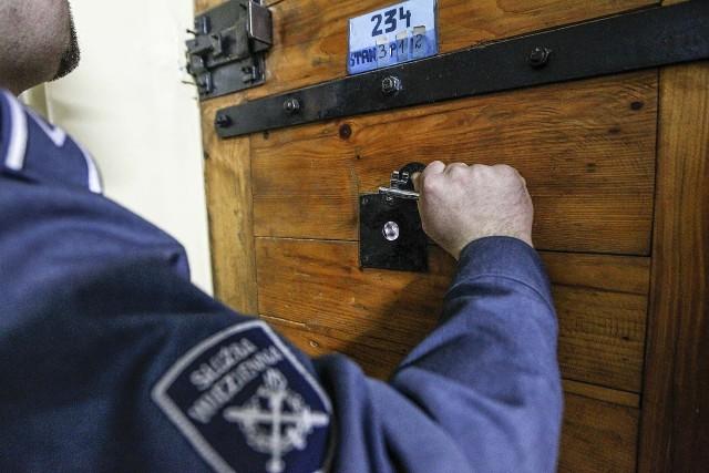 ąd Rejonowy w Łańcucie zastosował wobec sprawcy przemocy domowej tymczasowy areszt na okres dwóch miesięcy.