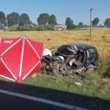 Wypadek na drodze krajowej nr 15 w Pląchotach w gminie Golub-Dobrzyń - jedna osoba zginęła. Mamy zdjęcia z wypadku
