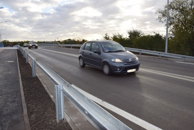 Nowy most łączący Aleję Piastów i ul. Racławicką już otwarty