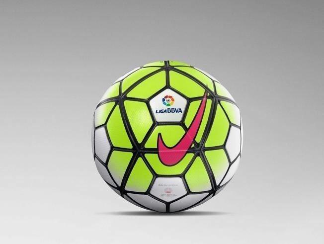 f64d7f3ec Różowy, pomarańczowy, zielony - kolory nowych piłek dla ligi ...