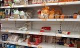 Zapasy żywności na koronawirusa. Co kupić? Lista zakupów na dwa tygodnie. Polacy wpadli w panikę z obawy przed epidemią [16.3.2020]