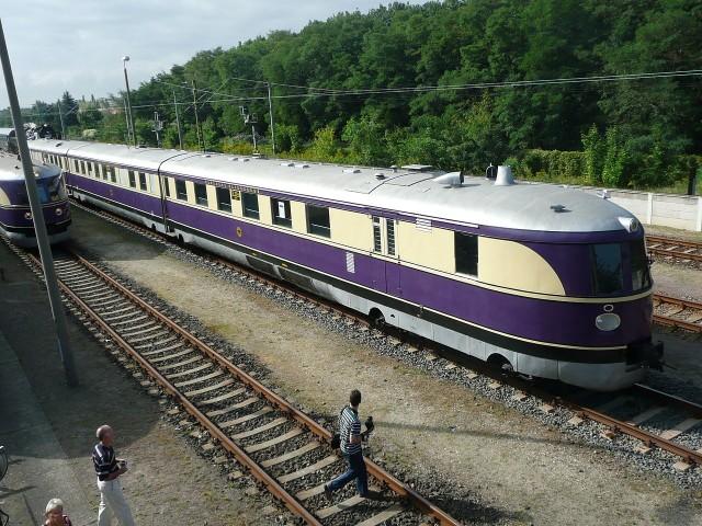 """""""Latający Ślązak"""" należał wtedy do najszybszych pociągów na świecie. Z berlińskiej stacji ZOO do Bytomia owym ekspresem jechało się... cztery godziny i 40 minut!"""