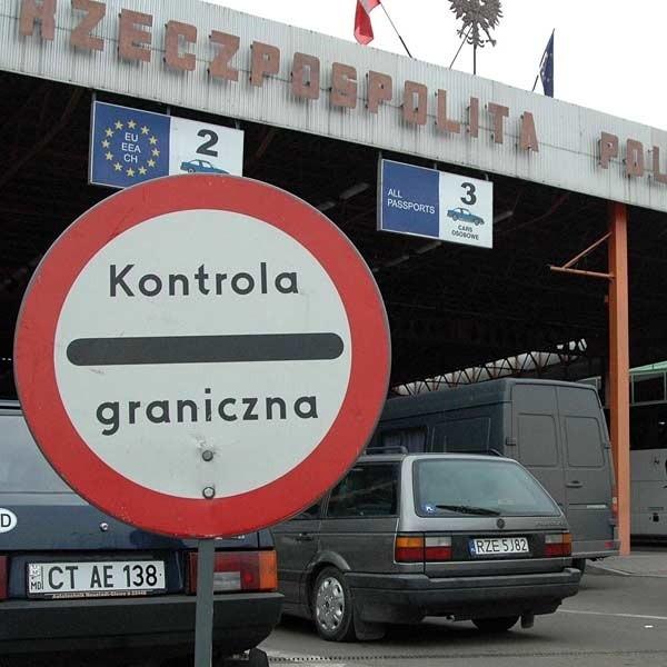 Polsko-ukraińskie przejście graniczne w Medyce w ciągu doby przekracza 11 tysięcy podróżnych.