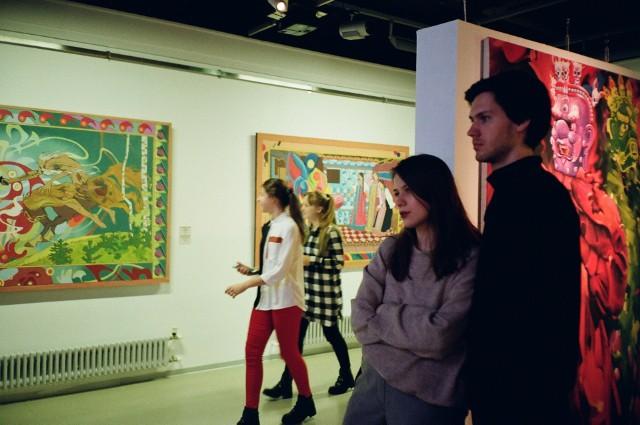 Tegoroczna edycja Nocy Muzeów będzie działać w dwóch formach - online i stacjonarnej. Na zwiedzających czekają ekspozycje, gry, koncerty i warsztaty.