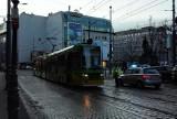 Poznań: Problemy z tramwajami - wypadek na Królowej Jadwigi i awaria na Podgórnej