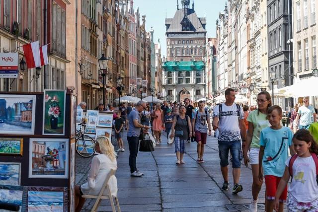 Wybierając miejsce na letni urlop Polacy kierują się głównie dostępnością ciekawych atrakcji i rozrywek.