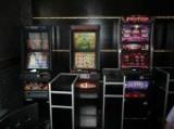 Nielegalny hazard. Automatycznymi rozpylaczami gazu łzawiącego w dociekliwego celnika