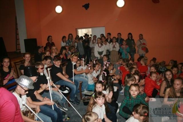 Gala cieszyła się zainteresowaniem widzów i artystów.