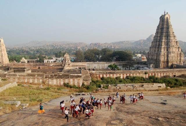 O swojej podróży do odległych Indii opowie Jakub Grabski, zaprezentuje także najciekawsze zdjęcia, które wykonał podczas tej wyprawy.