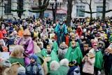 Orszak Trzech Króli w Zielonej Górze 2019 za nami. Tłumy zielonogórzan wzięły udział w wydarzeniu. Zobaczcie, jak było