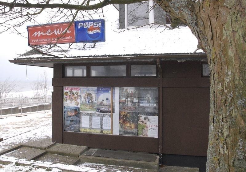 Była restauracja Mewa przy promenadzie w Ustce.