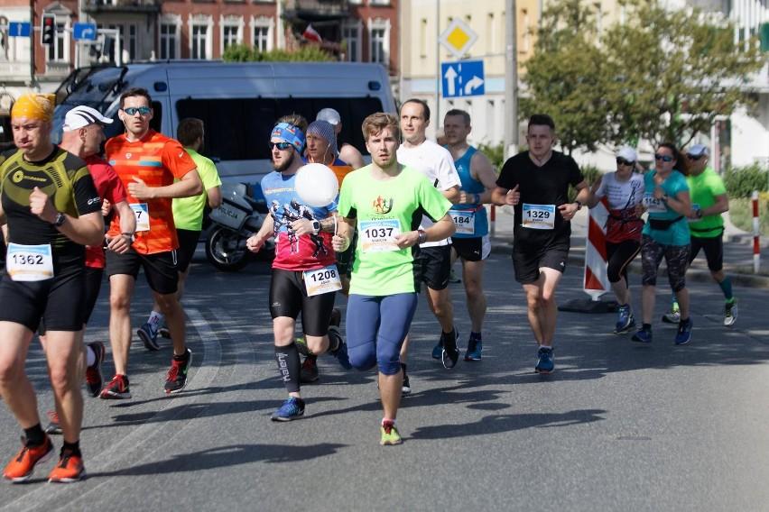 Tak wyglądały zmagania w ubiegłorocznej edycji Maratonu Opolskiego.