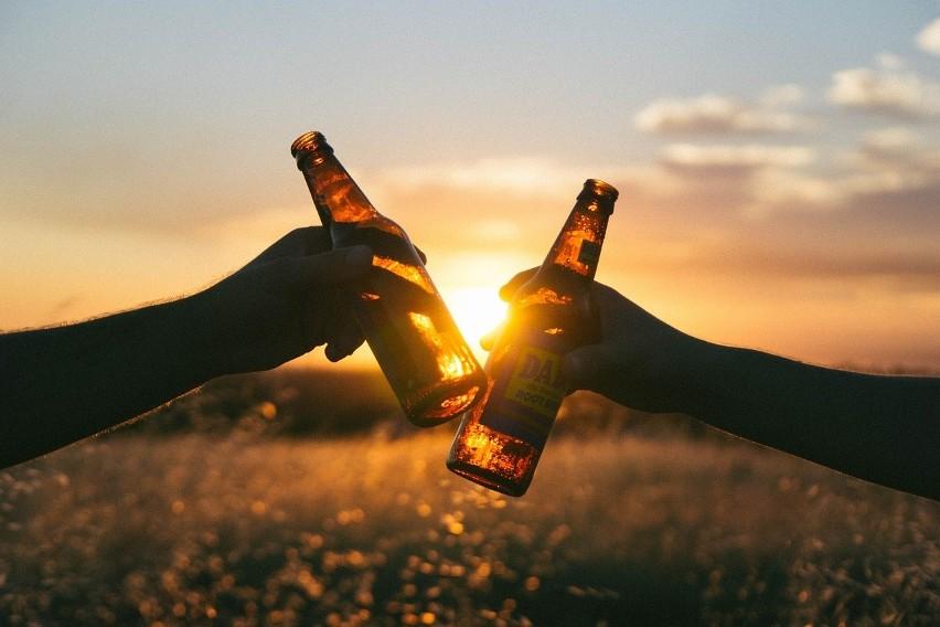 ALKOHOL...