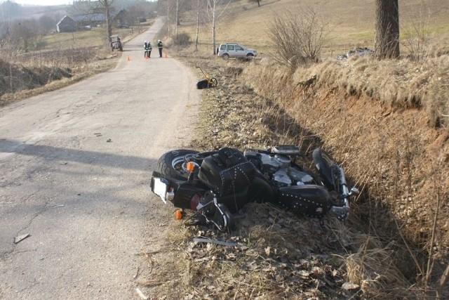 Lotnicze pogotowie ratunkowe przyleciało na wypadek w Kleszczówku. Niestety ofiary nie przeżyły