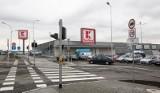 Jak otwarte sklepy w Wielką Sobotę? Godziny otwarcia - Biedronka, Lidl,  Tesco, Kaufland, Auchan