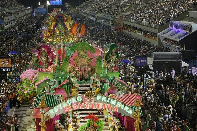 Gdzie najhuczniej obchodzi się karnawał? Przejdź dalej i zobacz TOP 10 największych imprez karnawałowych na świecie