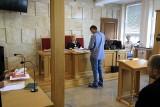 Szósty rok po śmierci Kacperka: wyroku brak! Ojciec w sądzie trzasnął drzwiami