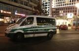 Zamach w Berlinie. Ciężarówka przejechała ludzi. Kierowca zamordowany. Zamachowiec uciekł (YouTube)