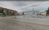 Amatorzy procentów przed ratuszem w Koszalinie. Mieszkańcy wskazują, że to kiepska wizytówka miasta