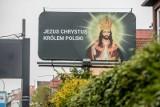 Billboard z Jezusem Chrystusem we Wrzeszczu sprzeczny z uchwałą krajobrazową. Sprawie przyjrzy się Gdański Zarząd Dróg i Zieleni