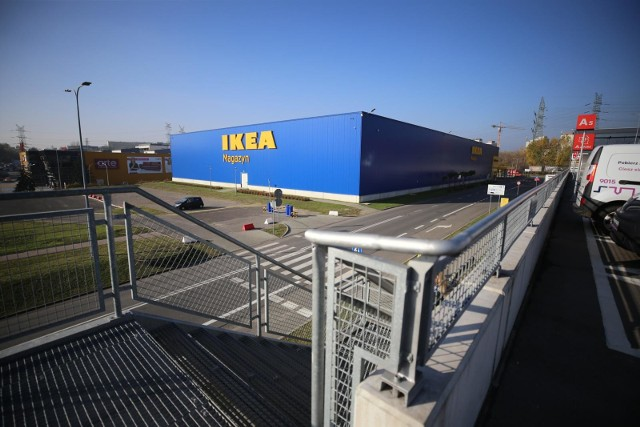 IKEA z nową opcją dostawy - teraz zakupy możesz odebrać w paczkomacie InPost. Ile kosztuje dostawa z IKEI do paczkomatów i jakie są ograniczenia?