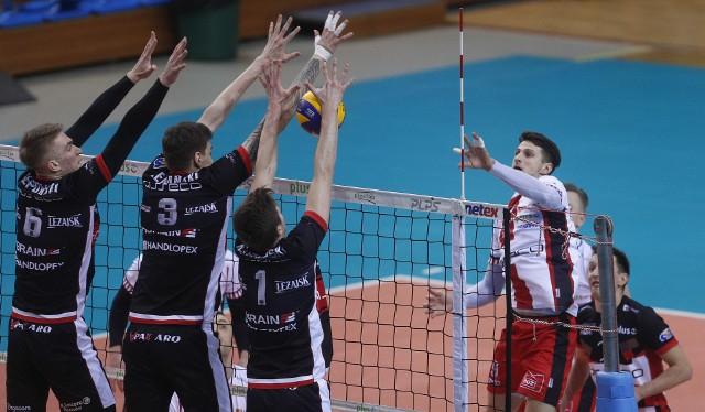 Choć grali sami resoviacy emocji nie brakowało. Oby tak w Pucharze CEV  z Vojvodiną i PlusLidze ze Skrą...