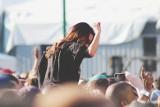 Cztery pociągi pomorskiego samorządu na Pol'and'Rock Festiwal [ROZKŁADY JAZDY]