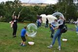 Festiwal Slot Pomorze, czyli zabawa w Parku Rady Europy w Gdyni. Warsztaty, kino i bańki mydlane w Gdyni 8.09 [ZDJĘCIA]