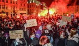 Protest kobiet na Starym Rynku w Bydgoszczy. Na środę zapowiadana blokada miasta [zdjęcia]