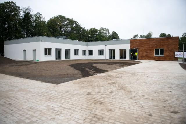 Dom Autysty w Poznaniu organizuje już pierwsze zajęcia. Jest to pierwsza tego typu placówka w stolicy Wielkopolski. Udało nam się zajrzeć do wnętrza tego wyjątkowego budynku.Przejdź dalej i zobacz kolejne fotografie --->