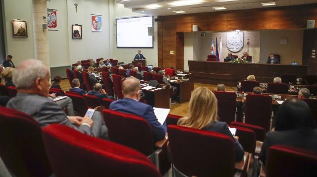Sesja sejmiku województwa podkarpackiego, jednym z punktów uchwała o LGBT.