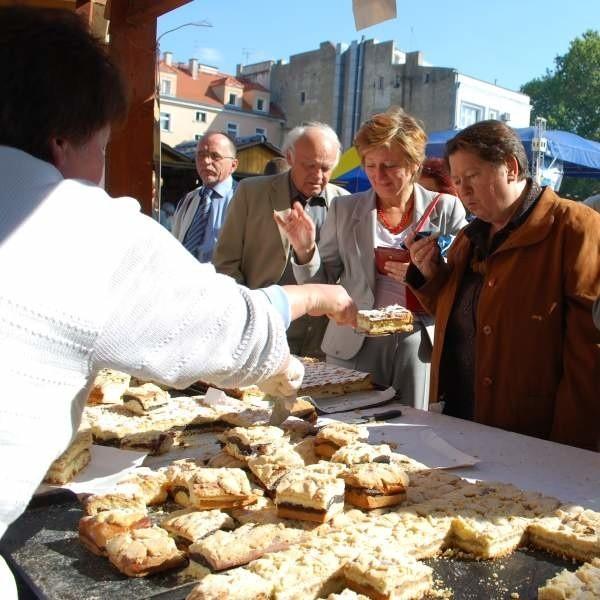 Opolanie zachwycali się przede wszystkim pysznym ciastem i chlebem ze smalcem.