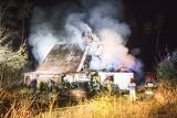 Pożar domu jednorodzinnego w Redęcinie koło Słupska. Śmierć poniósł 60-letni mężczyzna [ZDJĘCIA,WIDEO]