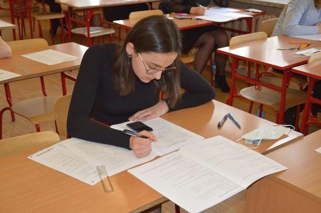 Próbna matura w  w Samorządowym Liceum Ogólnokształcącym imienia Cypriana Kamila Norwida w Stalowej Woli