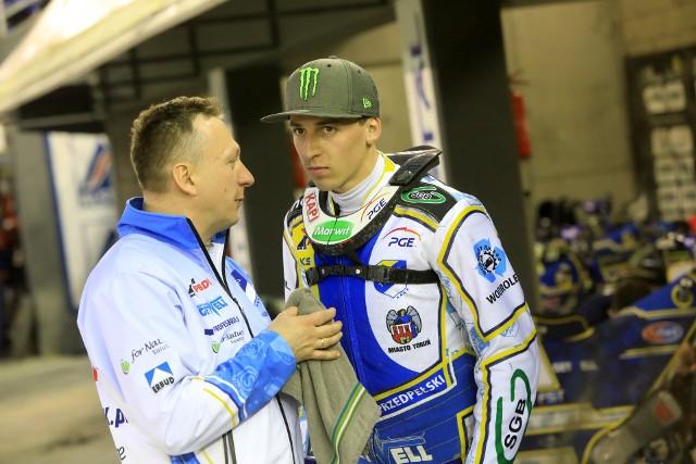 Jacek Frątczak i Paweł Przedpełski nieporozumienia już sobie wyjaśnili, ale w drużynie atmosfera nie jest chyba najlepsza