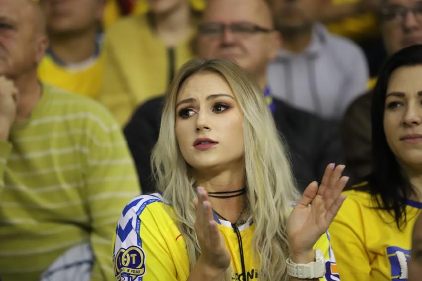 W środę, po świetnym meczu, piłkarze ręczni Łomża Vive...