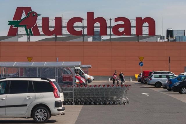 Auchan Wielkanoc 2019. Godziny otwarcia sklepów Auchan w Wielką Sobotę 2019.