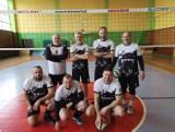 Cztery drużyny rywalizowały o tytuł mistrza  w piłce siatkowej - Osięciny, Powałkowice, Radziejów, Topólka
