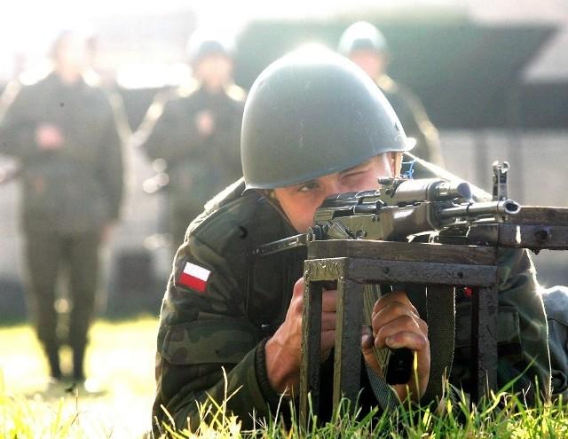 Na poligon wojsko może zabrać teraz nawet 50-letnich żołnierzy.