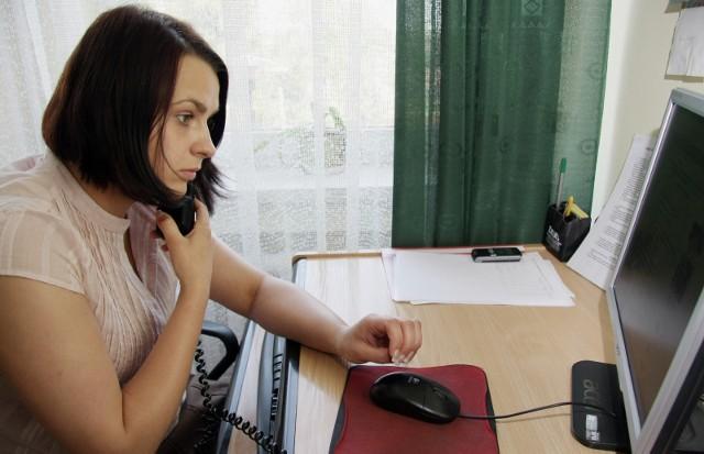 Prawie 39 proc. ankietowanych przyznało, że musi obecnie pracować i jednocześnie opiekować się rodziną.