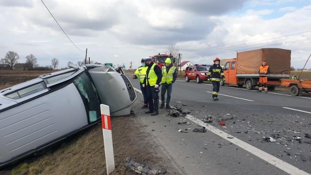 W wypadku w Ostaszewie ranne zostały dwie osoby
